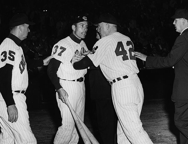 Jimmy Piersall being restrained by Indians pitching coach Red Kress